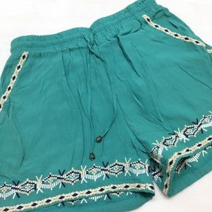Hei Hei | Embroidered Shorts XS